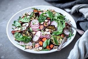 Radieschen-Salat mit Quinoa