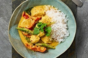 Red Chicken Curry mit Low Carb Reis