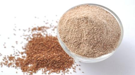 Teffmehl aus den Samen der Teff-Pflanze