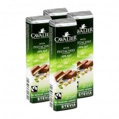 4 x Cavalier Stevia, lys melkesjokoladebar med pistasj