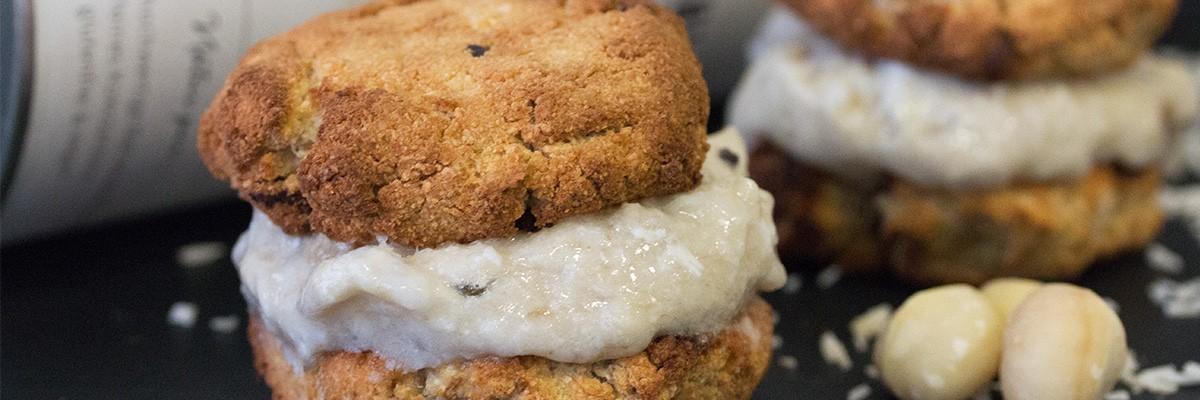 Cookie ice cream sandwich : noix de coco