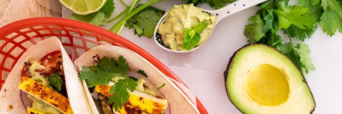 Quinoa Tacos mit Kurkuma-Halloumi