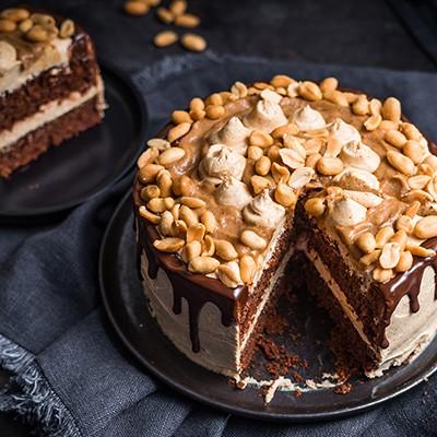Vegane Snickers Torte ohne Zucker