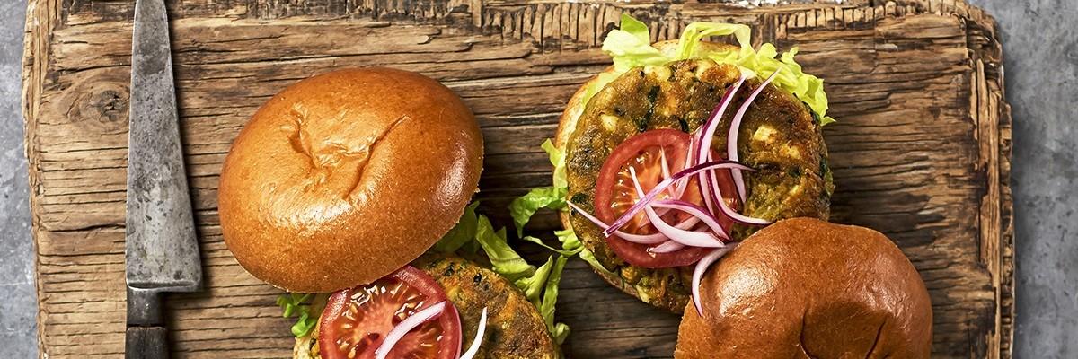 Chickpea Halloumi Burger – Trend Food zum Reinbeißen