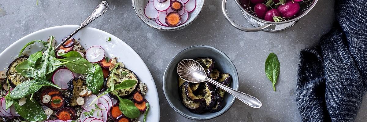 Knackfrischer Radieschen-Salat mit Quinoa