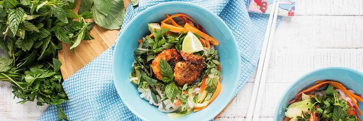 Spicy Low Carb Noodle Bowl – frisch & leicht