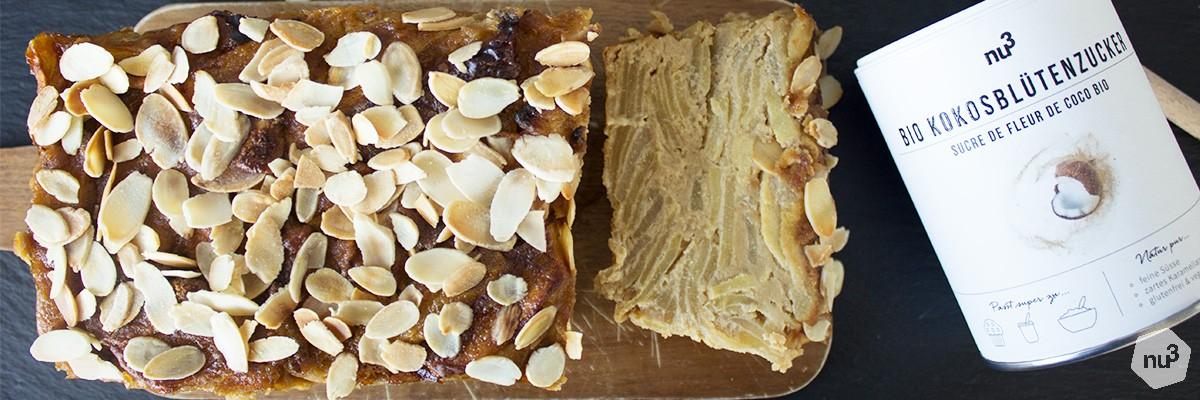 Torta invisibile: mele, pere e mandorle