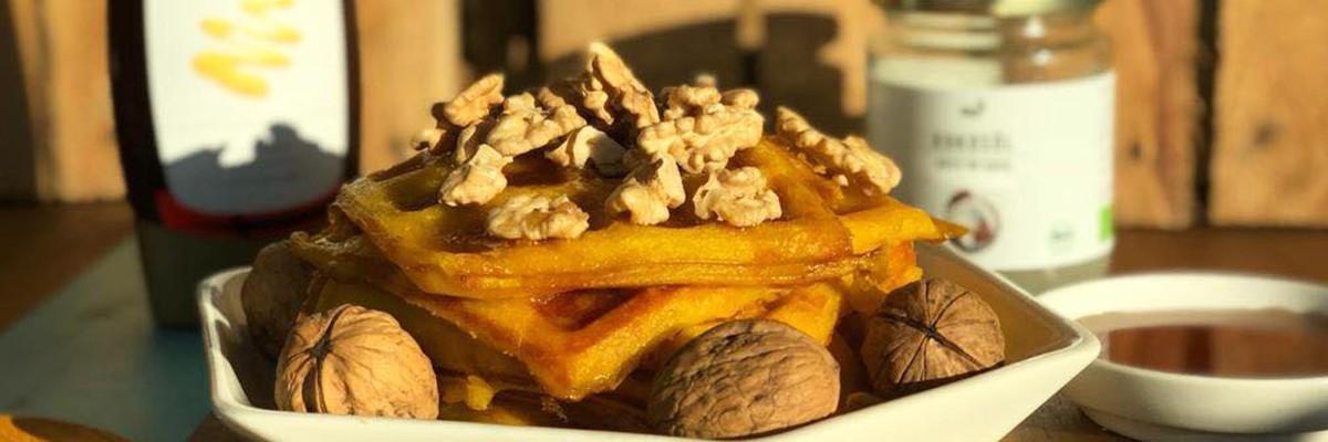 Waffle di zucca e noci