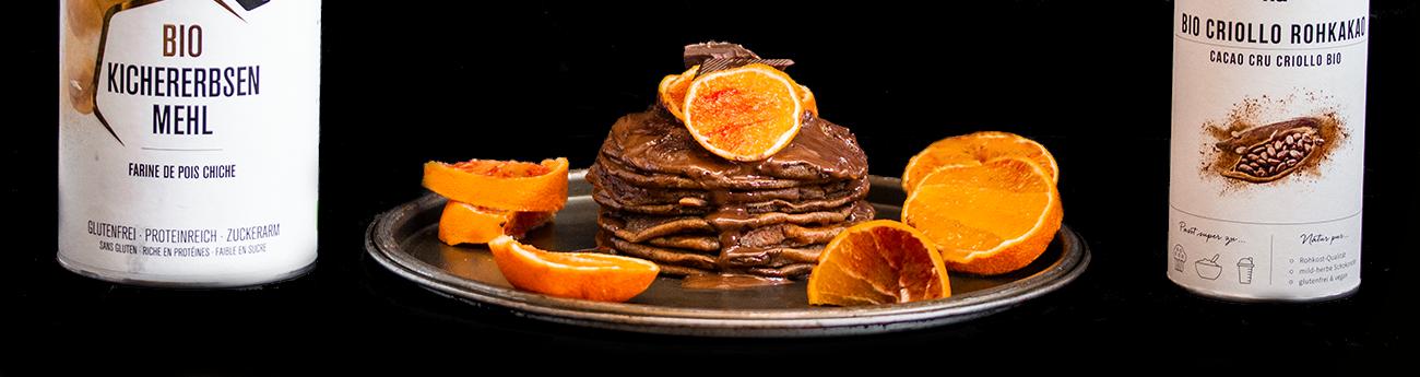 Pancakes al cacao e arancia rossa