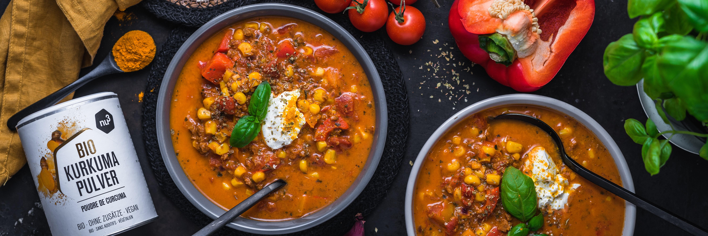 Soupe provençale au curcuma