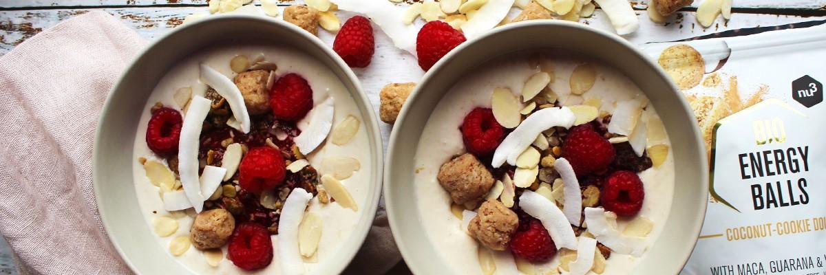 Overnight porridge senza glutine cocco-lamponi