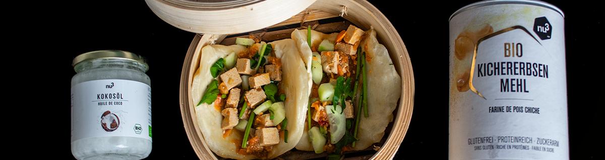 Veganer Bao-Burger mit Tofu